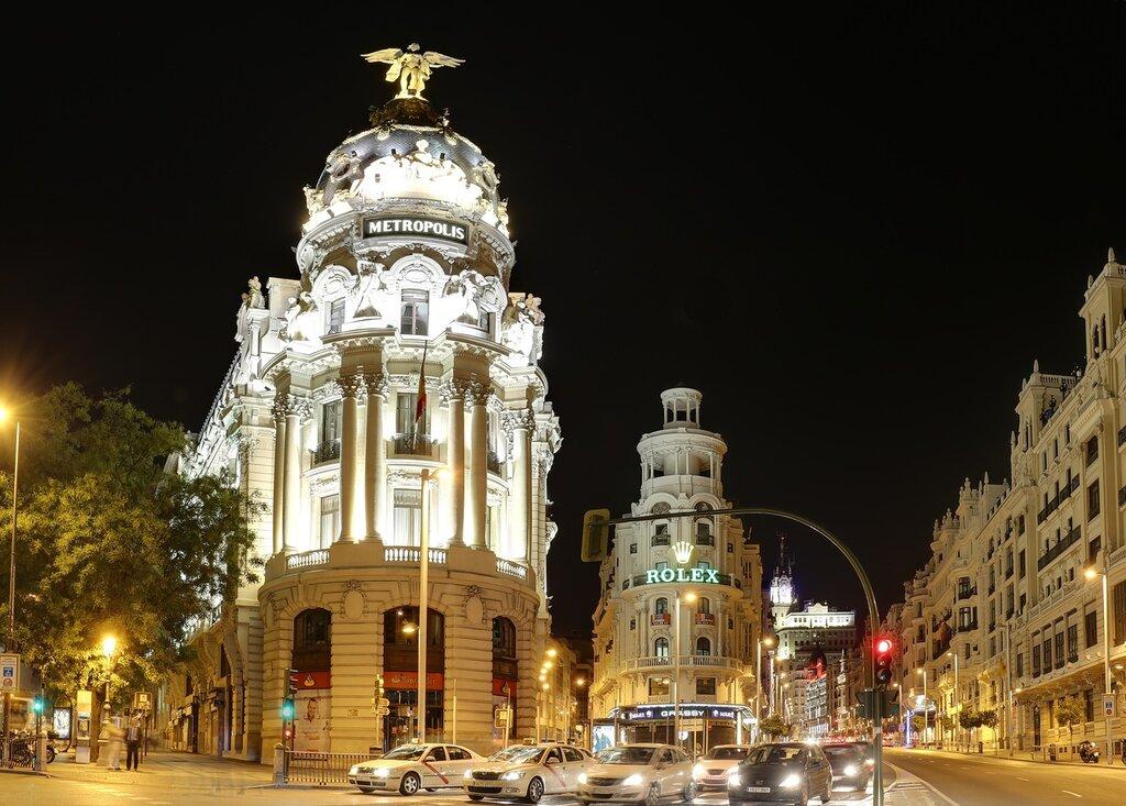 Мадрид. здание -