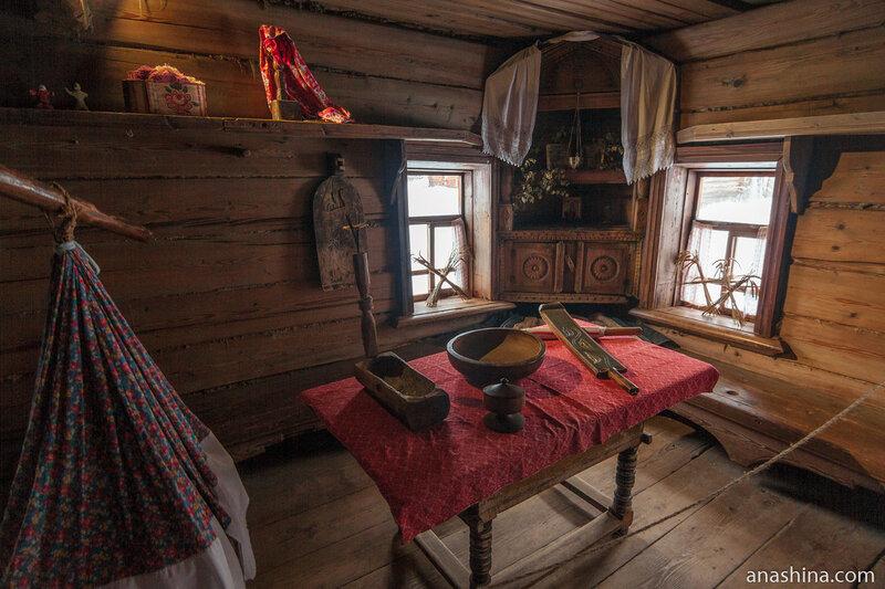 Изба Обуховой середины XIX века из деревни Ульянково Городецкого района