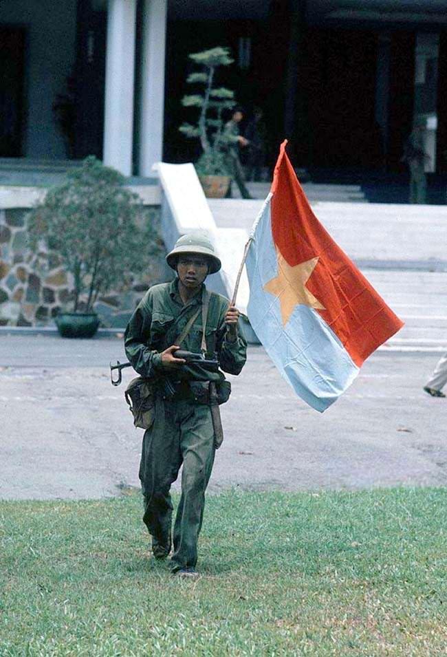 Освобождение Сайгона: как это было! К 40-летию со Дня Победы Вьетнама (США) (30)