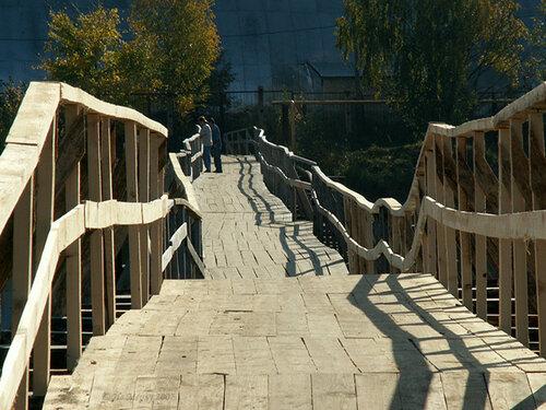 Каменка. Пешеходный мост через Сунжу