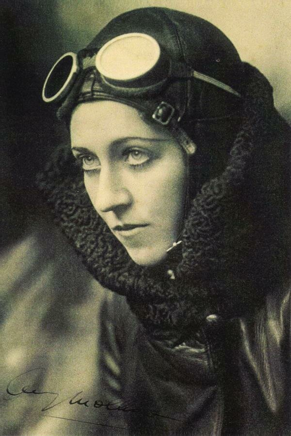 Amy Johnson (1903-1942) - Pioneering English aviator.jpg
