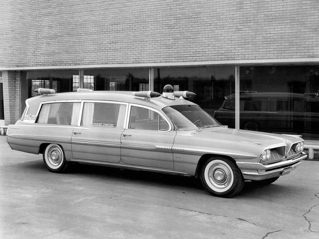 1961_Superior_Pontiac_Criterion_ambulance_stationwagon_classic__g_2048x1536.jpg