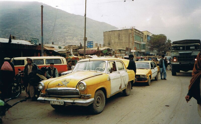 2002 GAZ-21_Volga_used_as_a_taxi_on_the_Kabul_streets.jpg