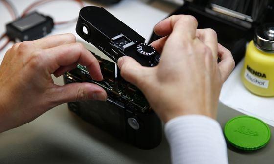 Как делают фотоаппараты Leica на заводе во Франкфурте