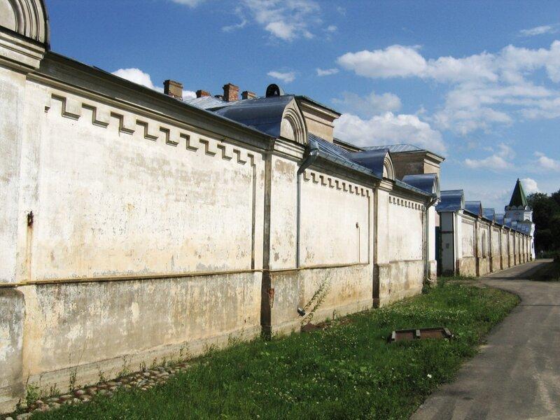 Ограда монастыря, Староладожский Никольский монастырь