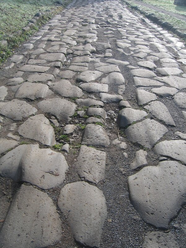 Камни Аппиевой дороги