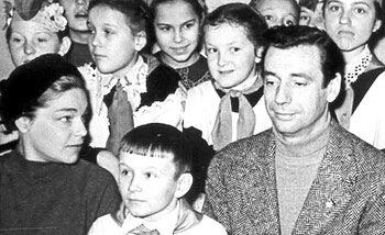 Ив Монтан и Симона Синьоре. Встреча во Дворце пионеров