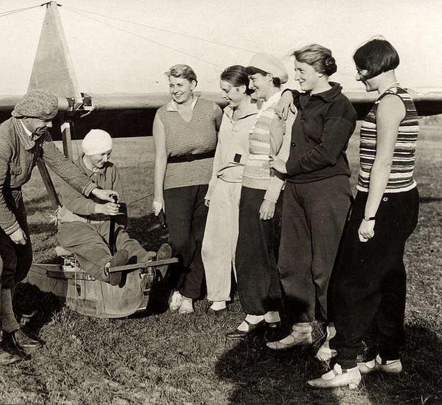 Potsdam -Gatow zweefvliegclub voor vrouwen 192980.jpg