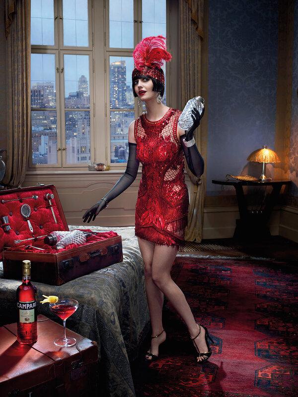 Актриса Ева Грин в красивом ретро календаре Campari 2015 года