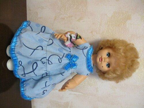 голубое платье для куклы