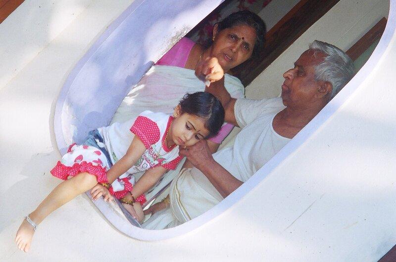 Анаркхе с дедами