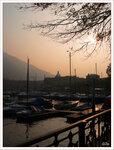 рассвет в городе Комо, Италия