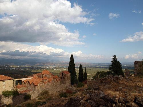 Вид на руины города Мистрас