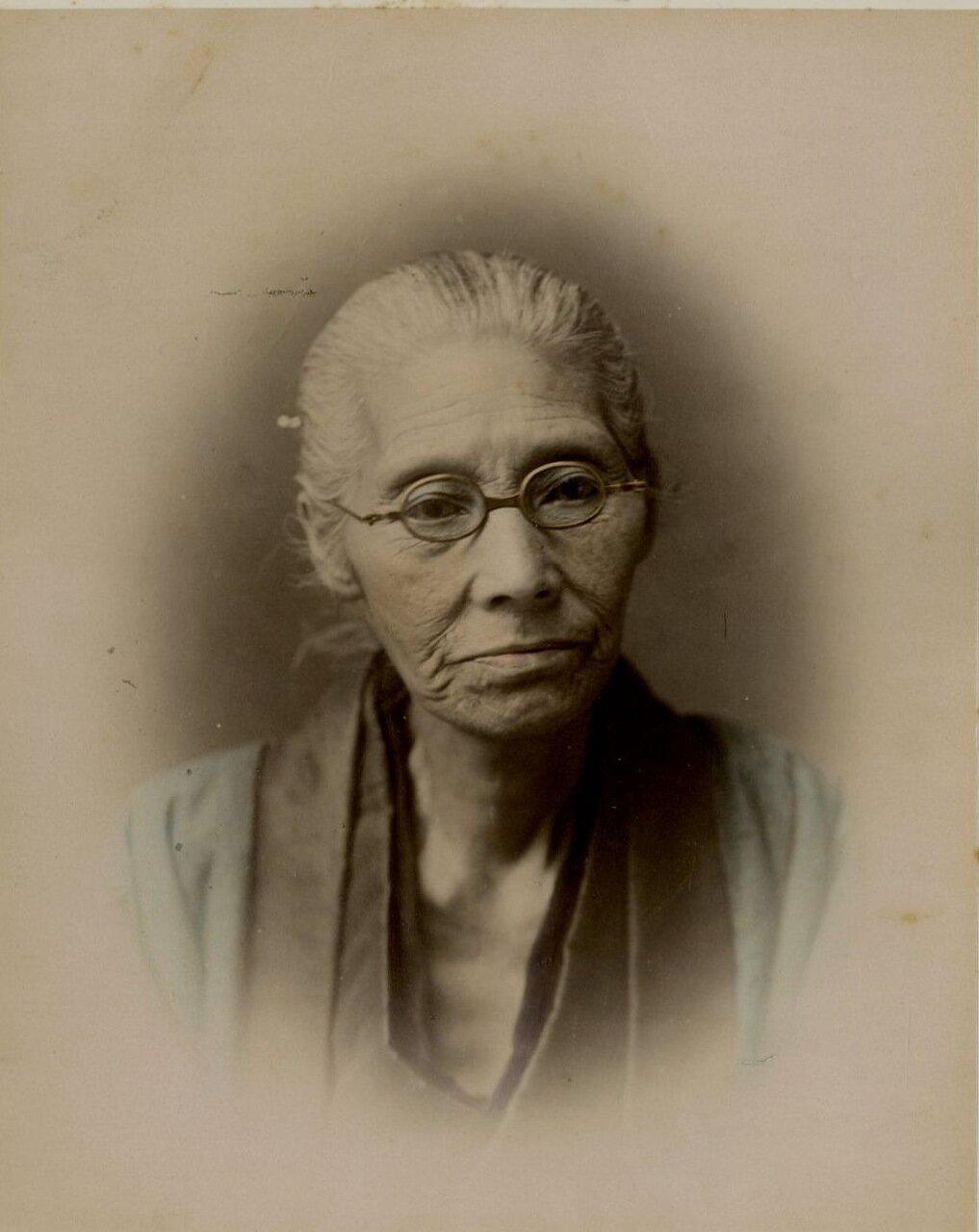 Пожилой японец