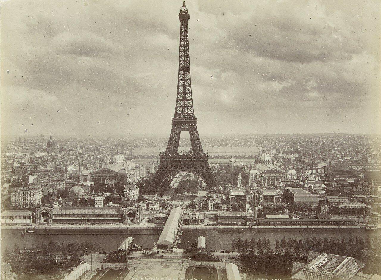 1889. Вид на Париж с Эйфелевой башней