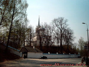 Псковское. Свято-Успенский Святогорский монастырь Псковской епархии.