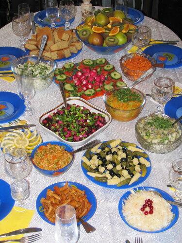 Постный праздничный стол