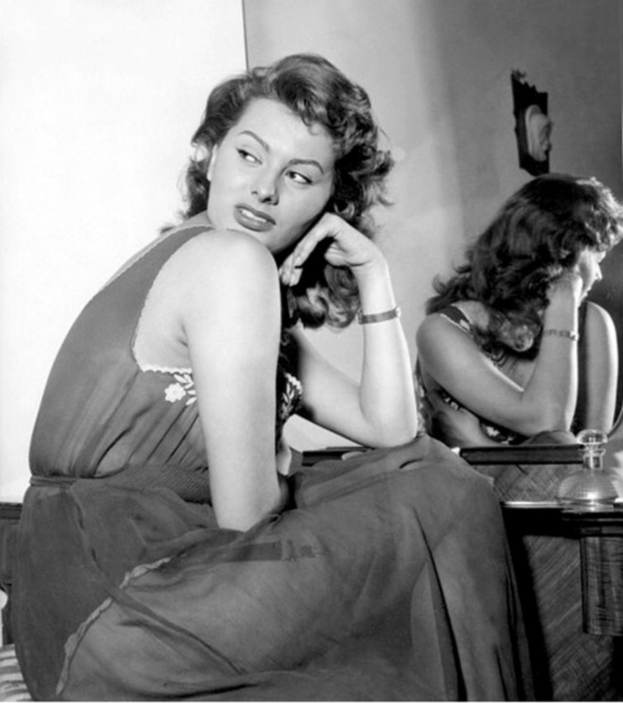 Sophia Loren0.jpg