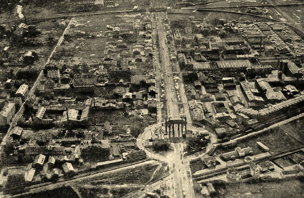 1913 Санкт-Петербург. Московская застава-Триумфальная арка-Забалканский проспект. Вид с аэростата.jpg