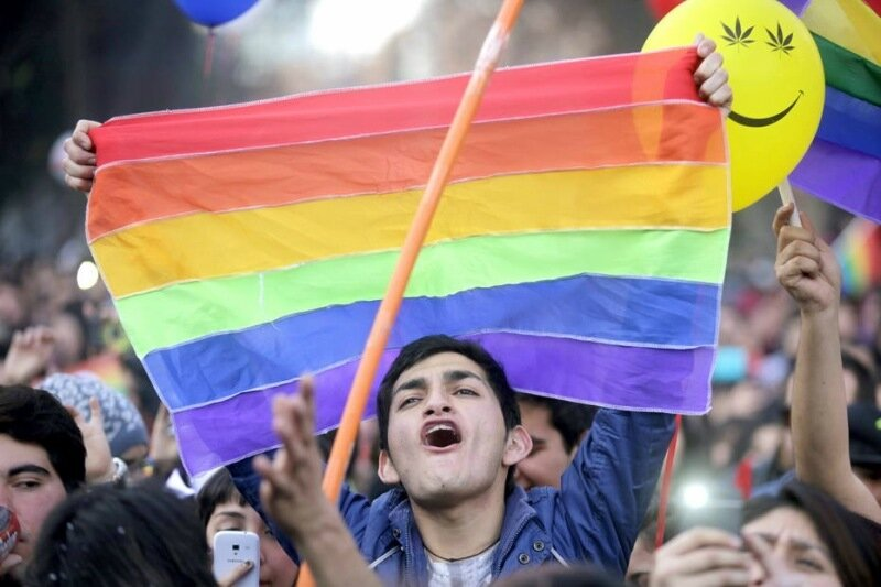 Яркие костюмы на Международном дне сексуального разнообразия