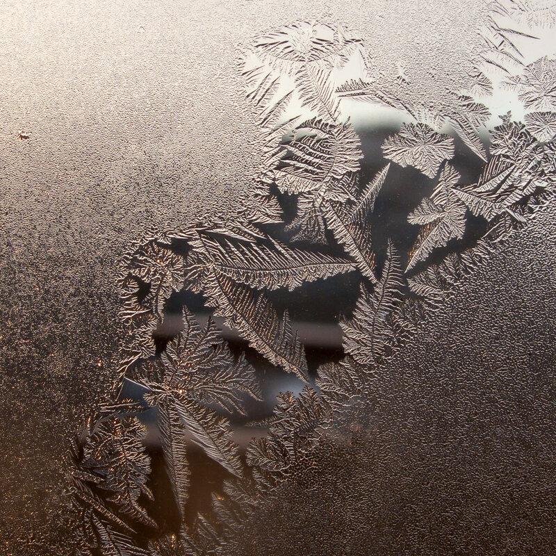 Мороз - художник по стеклу