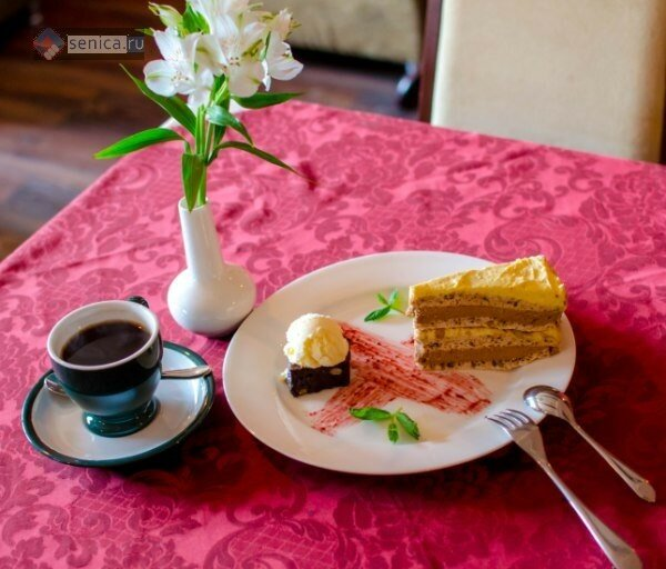 сербская кухня, ресторан Кафана