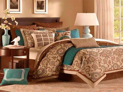 Спальня с бирюзовыми оттенками