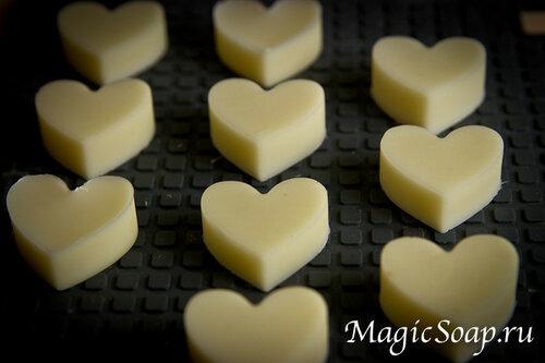 «Лимонный розмарин» — твёрдая плитка-кондиционер для волос (рецепт и мастер-класс)