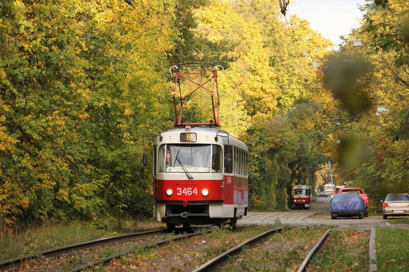 Трамвай 3464 на остановке Диспансер