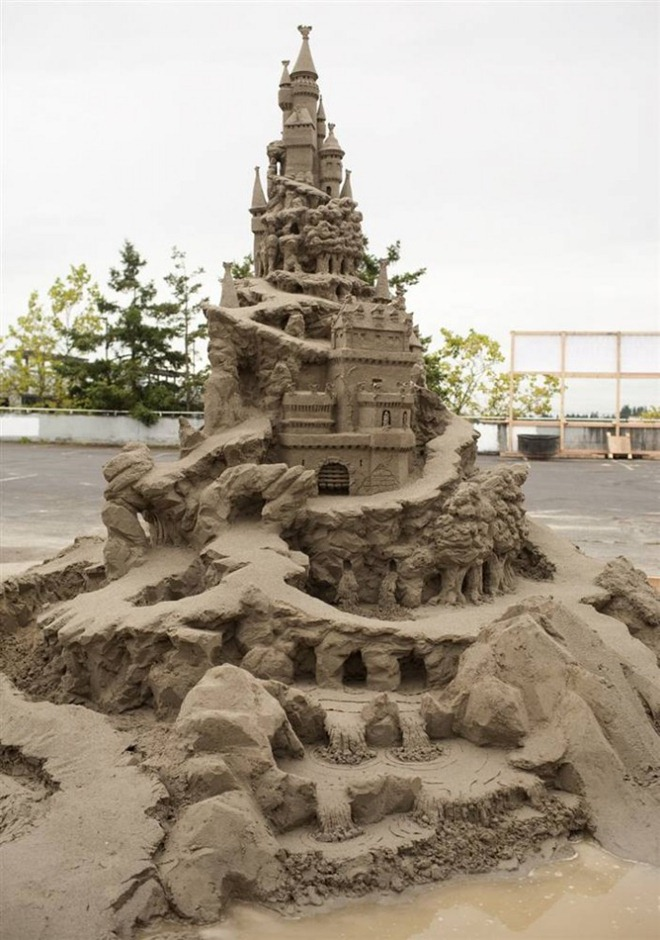 Джо Хэн Тань. Рекламные скульптуры из песка