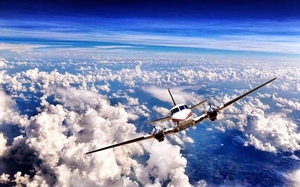 Самолеты в небе (фотографии) 0 11e960 77b6cffe orig