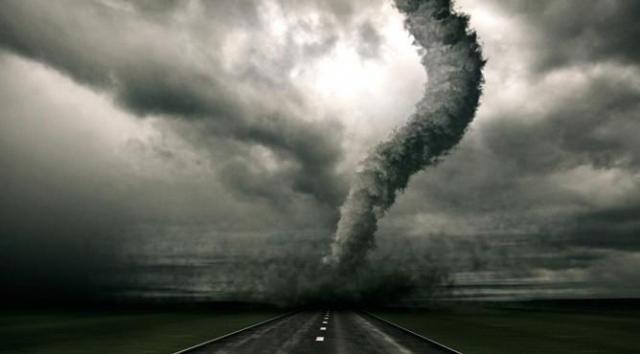 Мощный торнадо обрушился на центр США