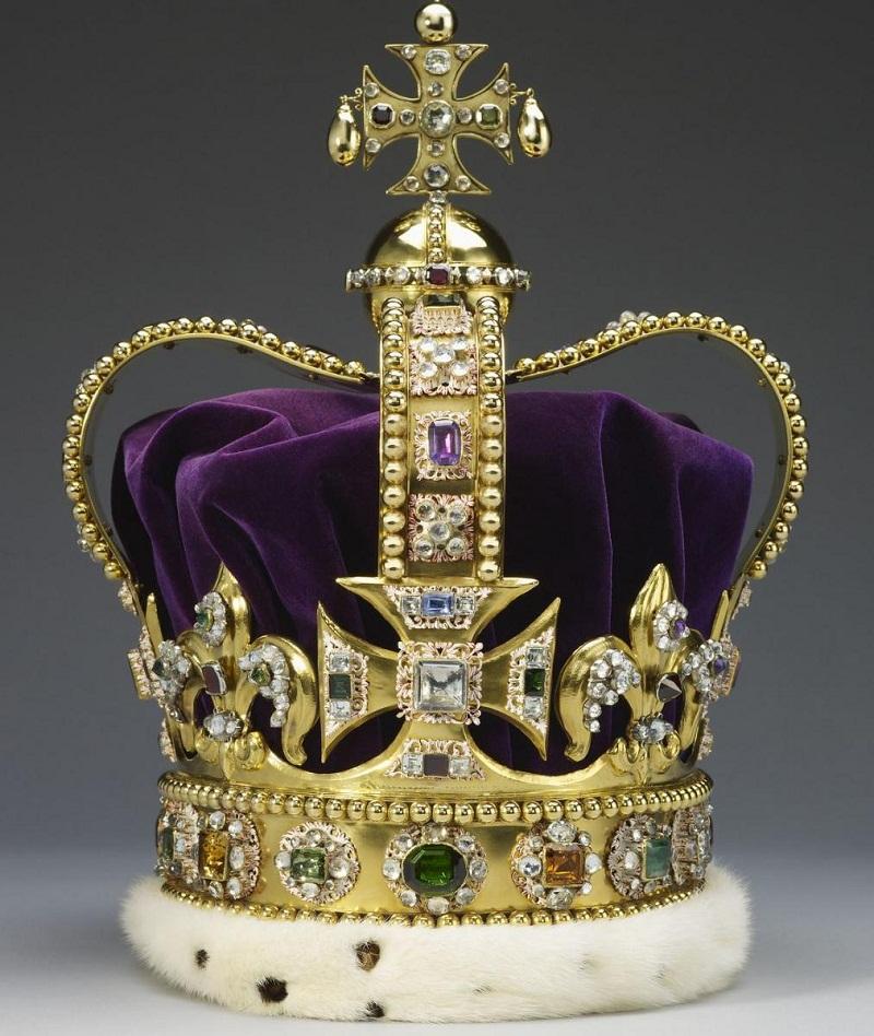 Короны короля и королевы
