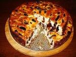 Пирог из творога и чернослива