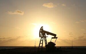 Цены на нефть достигли нового минимума с 2012 года