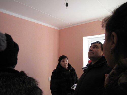 Николай Смирнов взял под личный контроль решение «спорных» вопросов по переселению из аварийного жилья жителей Заречного