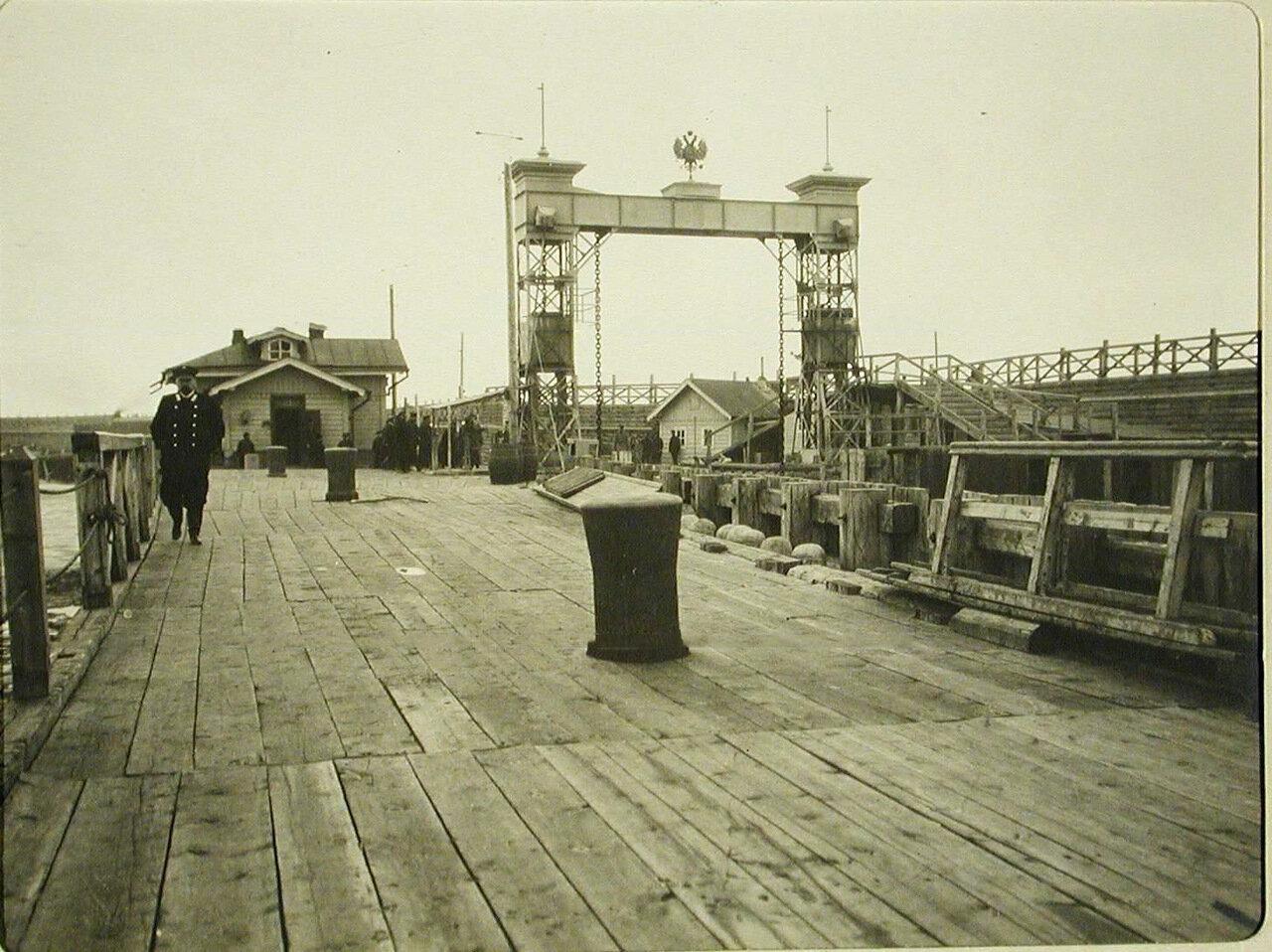 24. Вид пристани. Станция Танхой