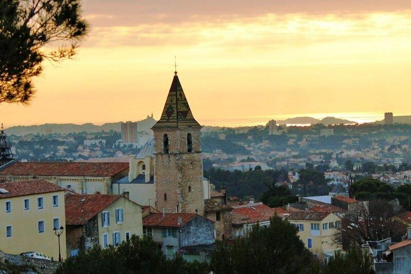 Городок Алео (фр. Allauch)