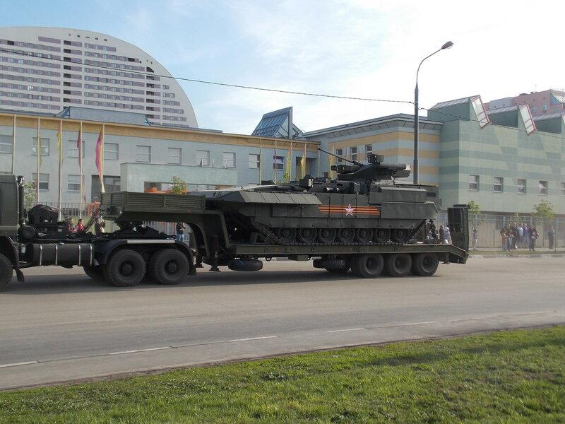 Гусеничная платформа «Курганец» на базе которой создаются бронетранспортер и БМП