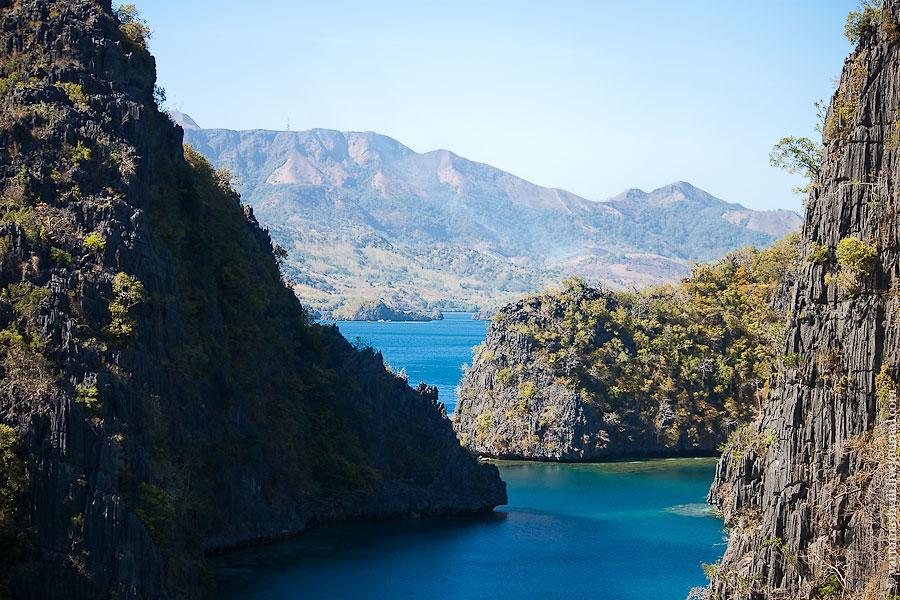 Филиппины, Бусуанга и Корон