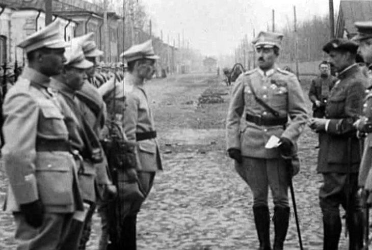 arkhangelsk_1919_pol_parade_3.jpg