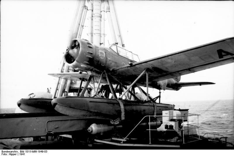 Ar 196