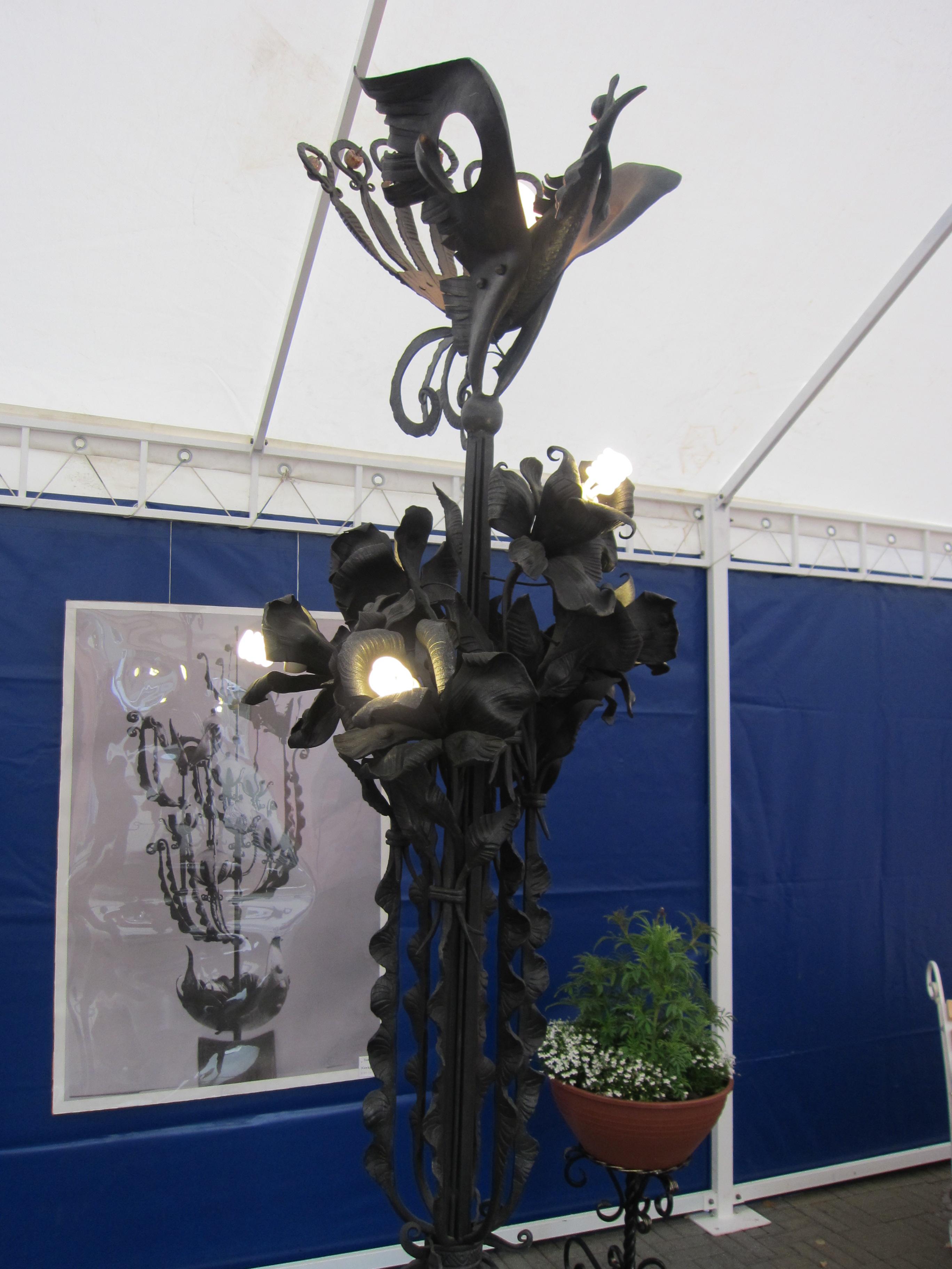 Кованый светильник (10.09.2015)