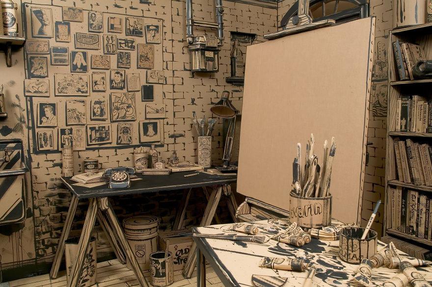 Мастерская художника сделанная полностью из картона