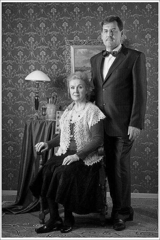 студийный портрет супружестой пары