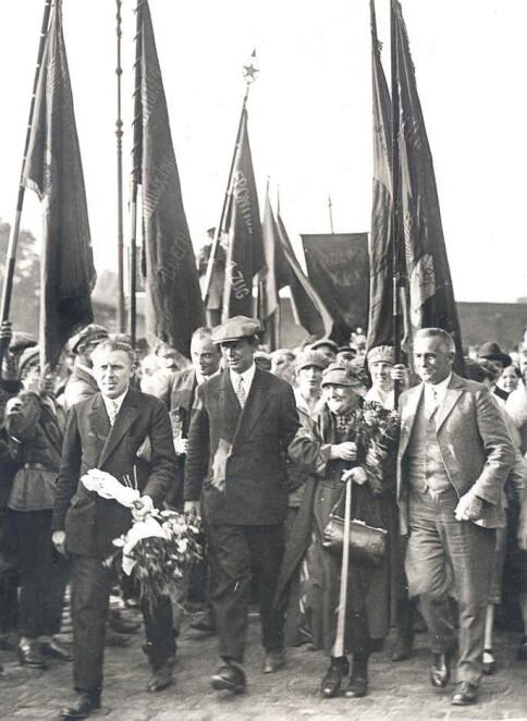 Клара Цеткин после возвращения ее из СССР 31 августа 1927 г.
