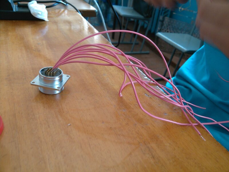 Рраптор ЧПУ3-сборка, провода-03.jpg