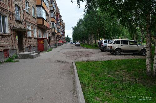 Фото города Инта №8031  Двор Воркутинской 16 02.07.2015_16:56