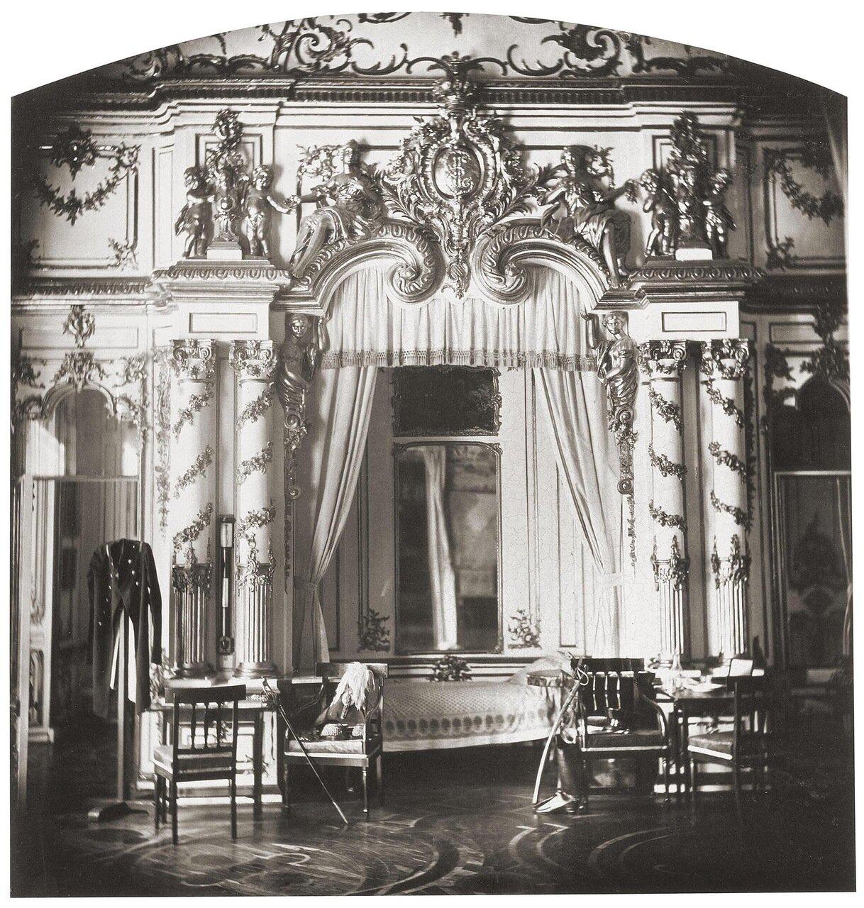 Спальня императора Александра I в Екатерининском дворце. 1859