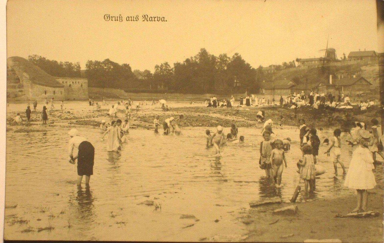 На городском пляже Йоаорг